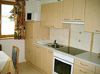 wo1. Black Bedroom Furniture Sets. Home Design Ideas